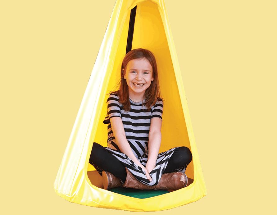Swinging Tent Swing (138)
